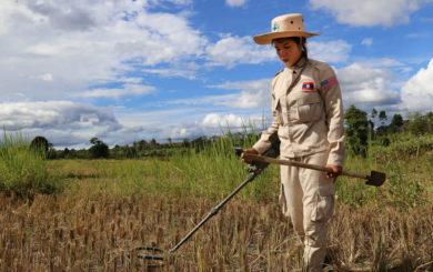 Humanitaer nedrustning i Laos inter img 925x632